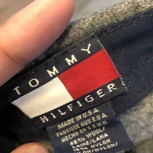 Tommy Hilfiger Accessories - Vintage 90s Tommy Hilfiger Crest Logo Fitted wool
